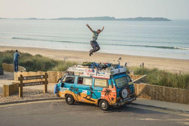 viajes-baratos-mundo-blogueros-polacos-furgoneta (10)