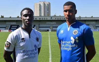 INTERNATIONAL TALENT SIGNS AT MEADOW PARK