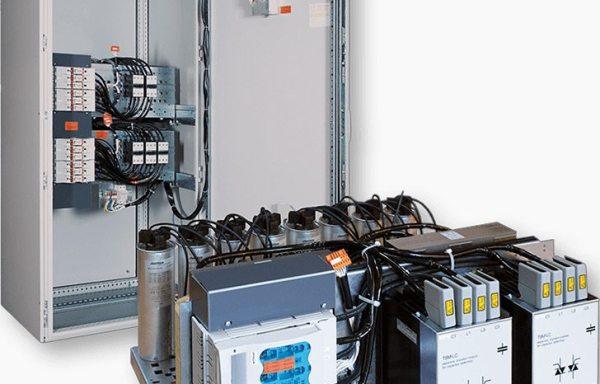Устройства за компенсация на реактивна мощност