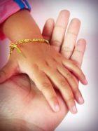 handling hands