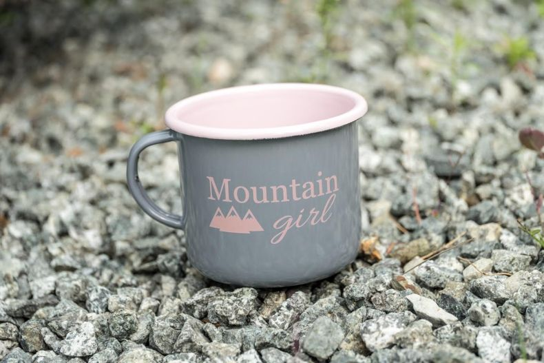 mountain-girl-mug