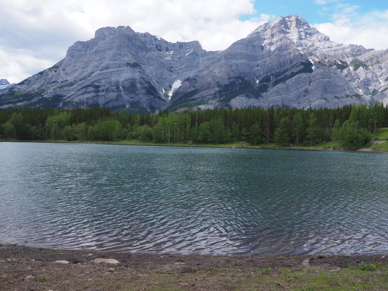 Easy Hikes Canmore - Wedge Pond