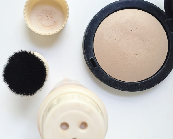 Top Summer Bases - Powders | Born To Be Bright