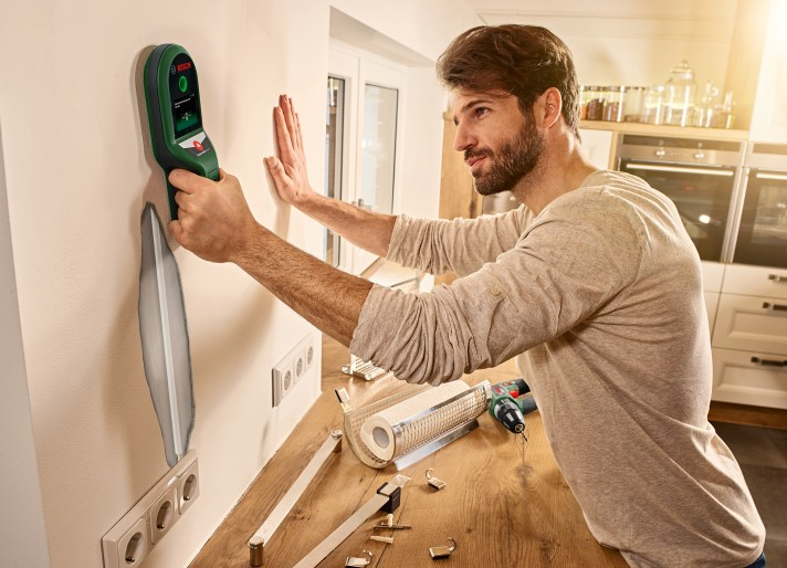 Easy to use and interpret results: UniversalDetect digital detector from Bosch