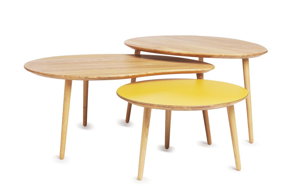 billige sofaborde online modern outdoor wicker sofa sofabordene i de smarte farver boshop en samling af tre massiv trae er her vist fra via copenhagen