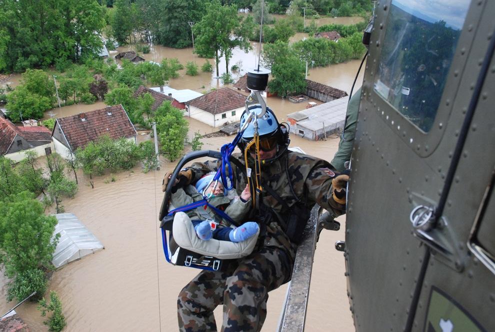 Bosna Hersek Sel Felaketi-Bebek