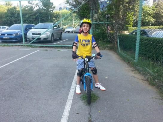 Çocuk bisiklet nasıl öğretilir