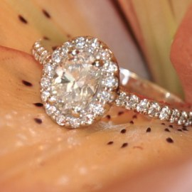 Diamond Engagement Ring makes your Valentine's Day Special