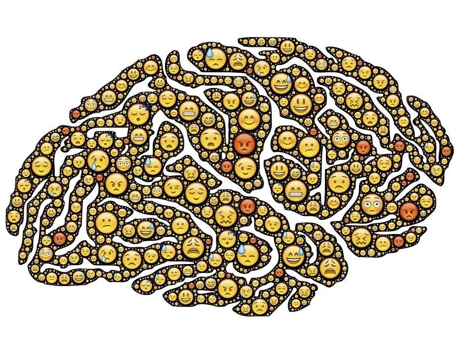 Happy brain composed of emojie