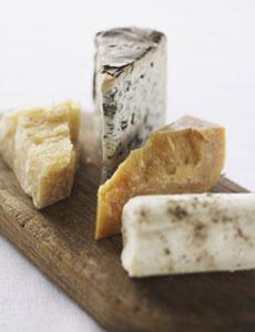 https://i0.wp.com/www.bostonfoodandwhine.com/wp-content/uploads/2009/03/artisan-cheese.jpg