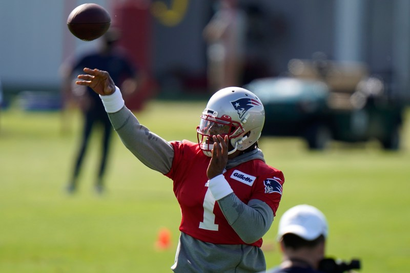 Patriots training camp 2020: Cam Newton, quarterbacks struggle in ...