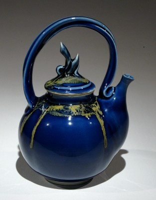 Porcelain Teapot by Andrew Boswell