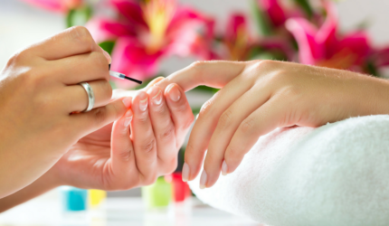 botanica-beauty-manicure-slider