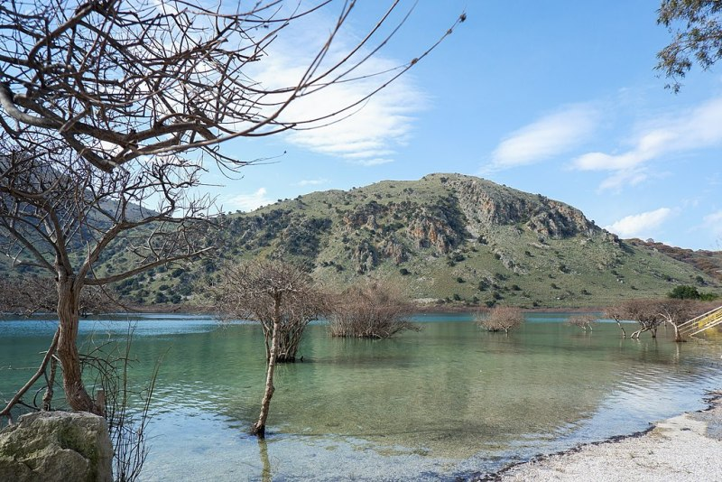 Kournas Lake- Ιωσηφίνα Γεωργούλη, Kournas lake, Chania, CC BY-SA 4.0
