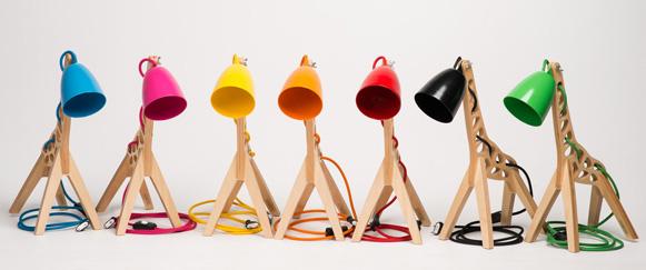 Giffy - luminária girafa