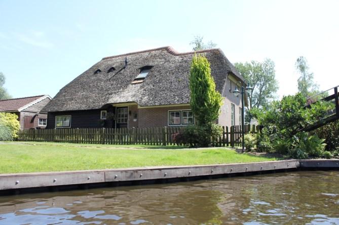 Giethoorn_MS_van_den_Heuvel_Bootverhuur-0085