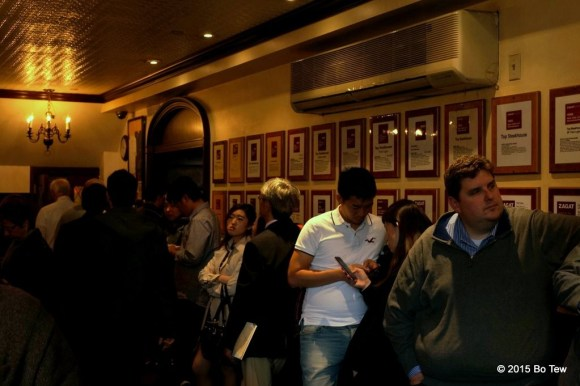 The never ending line. These are people who have a reservation but just waiting to get their table. Look at the wall of Zagat ratings.
