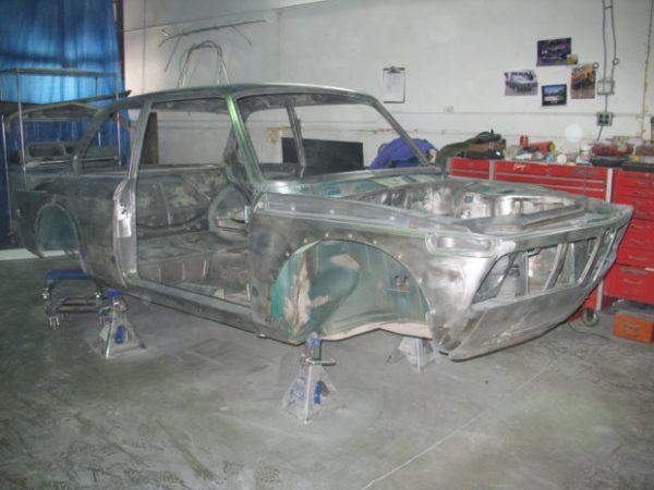BMW 2002tii shell