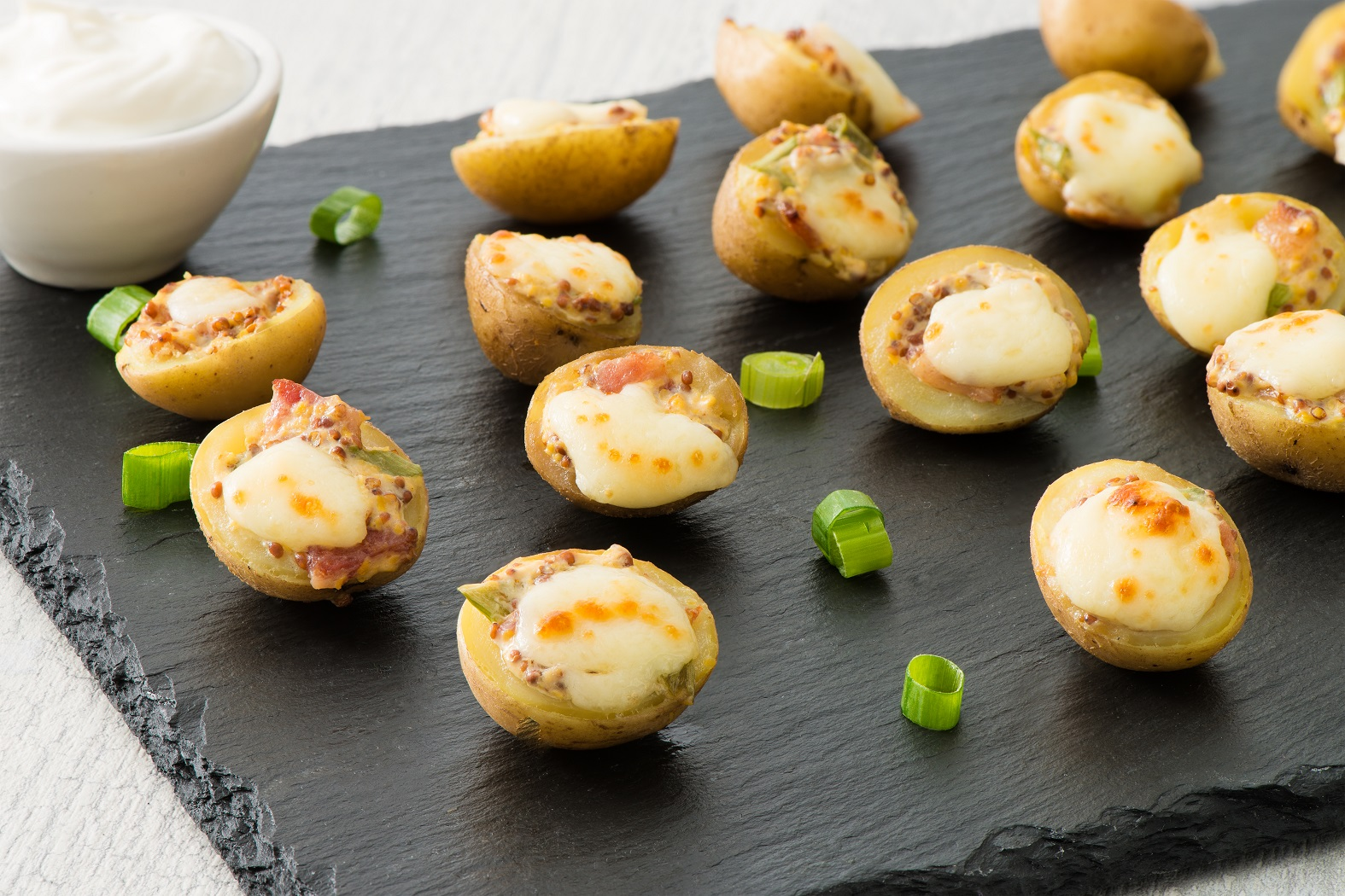 Loaded Baked Potato Poppers