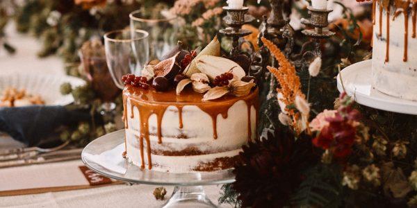 Dotty Rose wedding cakes at Botley Hill Barn, Surrey