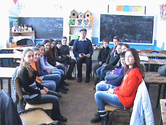 Costel Zagan si elevii Scolii Albesti