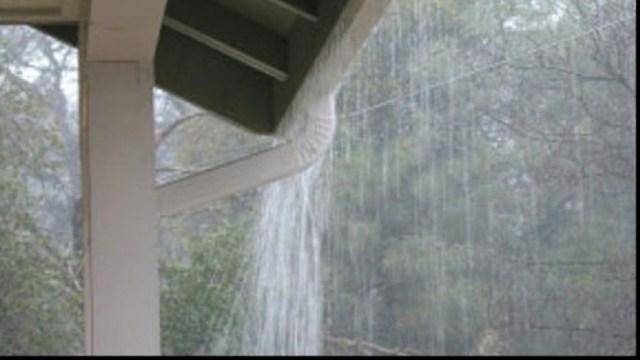 ploaie torentiala la Botosani