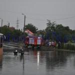 Inundatii pe Pacea, la intersectie cu George Enescu Botosani