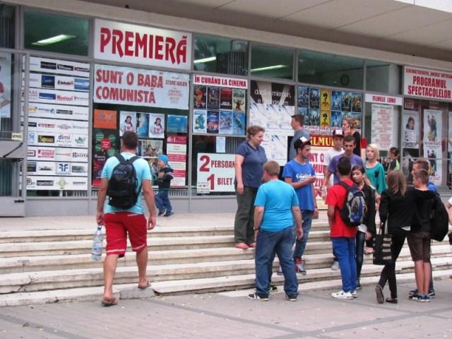 premiere film Sunt o baba comunista la Cinema Unirea Botosani