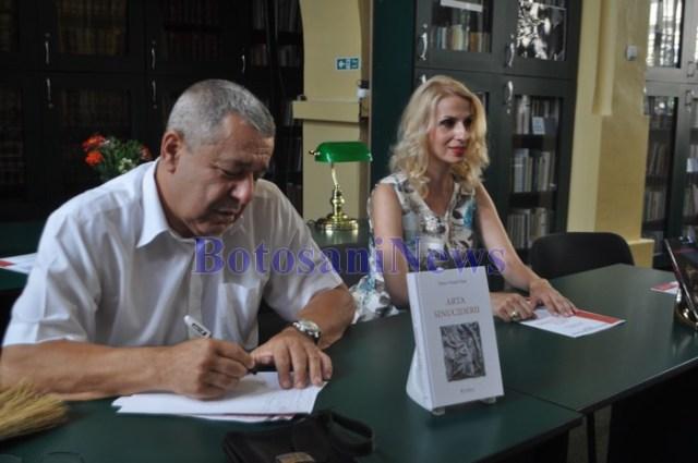 carte lansata de Doru Viorel Ursu la Botosani (1)