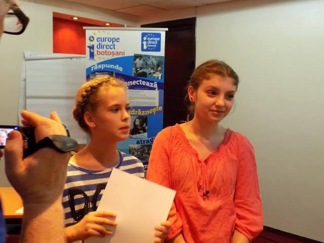 Alexandra Paula Ifrim și Lucia Luca au fost câștigătoarele premiului I și al premiului BestTeam