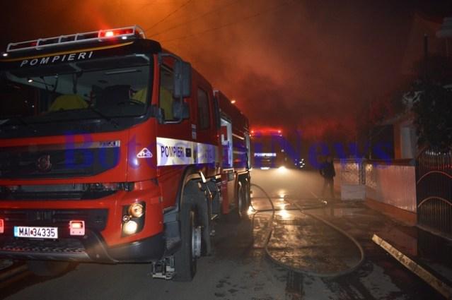 masina pompieri incendiu noaptea casa botosani