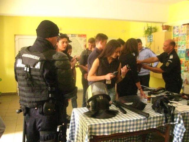 elevi la Jandarmerie- Saveni- Botosani