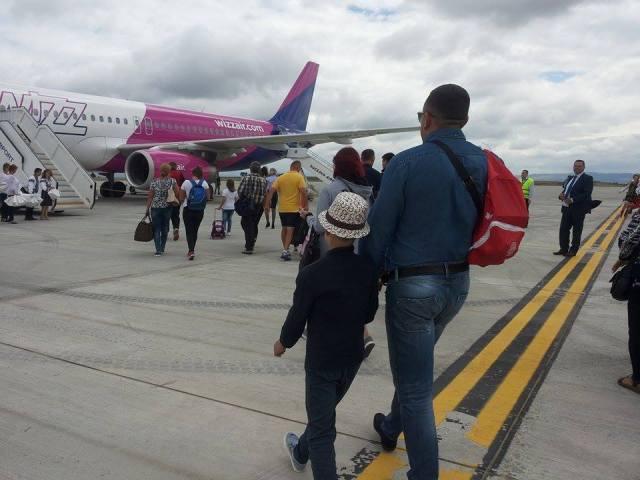 prima cursa wizz air aeroportul suceava , stiri, botosani