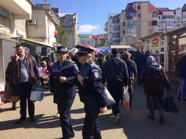 politisti si jandarmi in piata2
