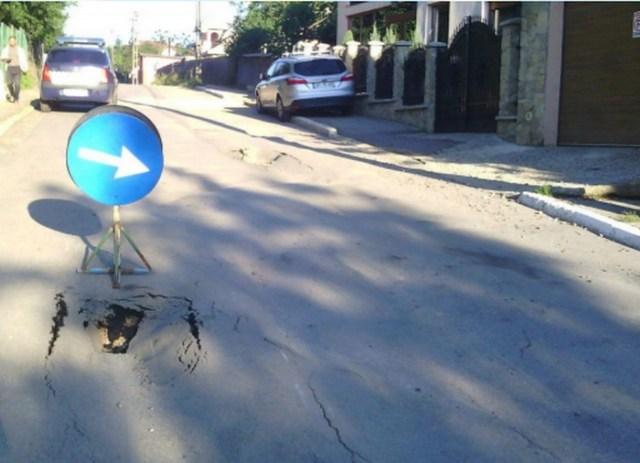 strada surpata, strada puskin, stiri, botosani