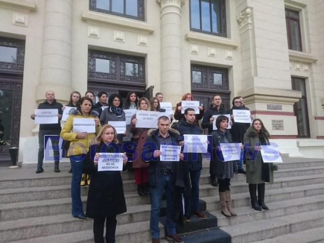 protest procurori si magistrati la Botosani