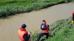 pompieri din botosani cautari femeie luata ape