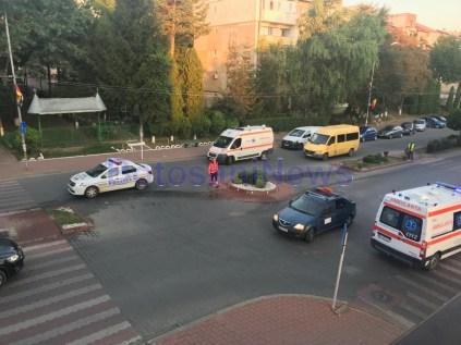 accident cu autoturism tip Scoala la Dorohoi- judetul Botosani