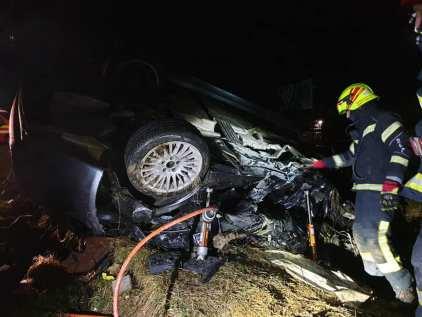 accident masina noaptea