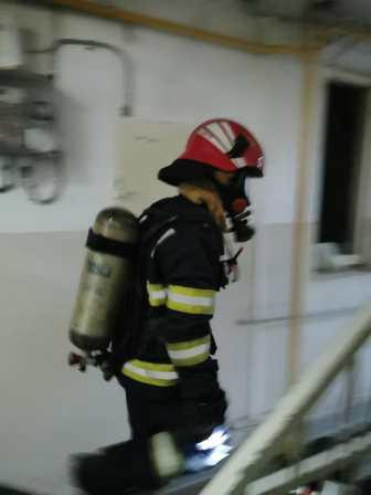 stiri, incendiu in apartament, botosani (3)