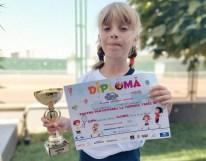Teodora Herghelegiu- campioana la tenis- Botosani (1)