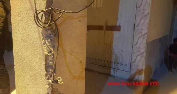 عاجلا … سلك كهربائي ملقى على الارض بحي اولاد احميدة  .. في انتظار تدخل لايقاف الخطر