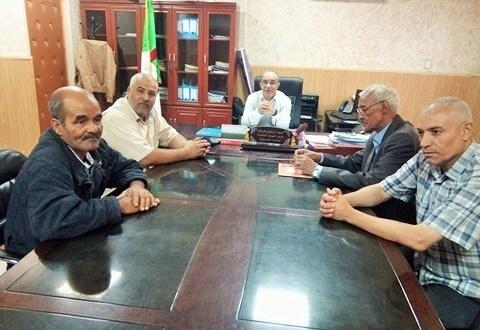 استقبال مدير الموارد المائية لبعض ممثلي المجتمع المدني ببوسعادة