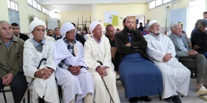 مدرسة لحميدي صالح بالحوامد تحيى الذكرى 65 لعيد الثورة 01 نوفمبر 1954