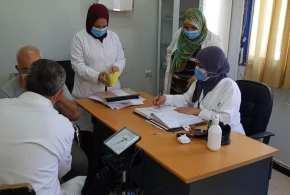 اقبال مواطنى بوسعادة على عملية التلقيح بعيادة بن دقموس