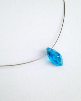 Collier larme bleu ciel
