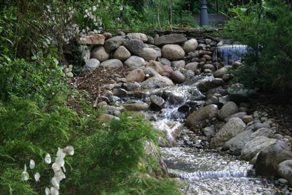 boulder landscape construction