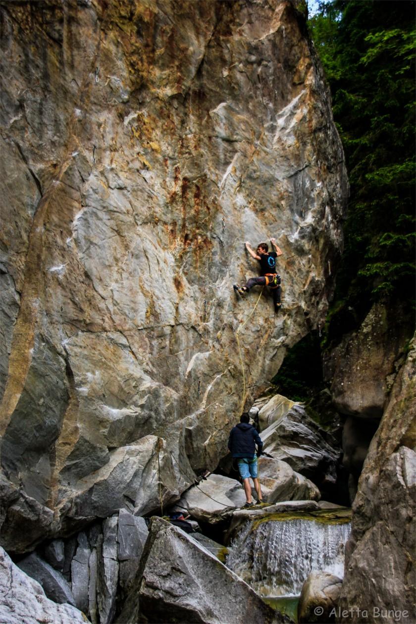 2016-steffen-hilger-boulderwelt-klettern-bouldern (4)