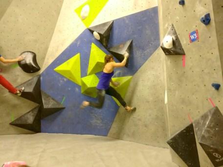 Boulderwelt Athletenteam bei der Nürnberger Meisterschaft Finale Boulderhalle E4