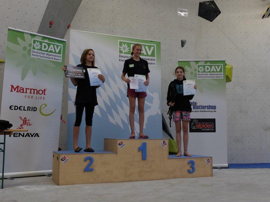 Mareike von den Boulderwelt Youngsters konnte sich auf der Bayrischen Meisterschaft im E4 den 3. Platz sichern!
